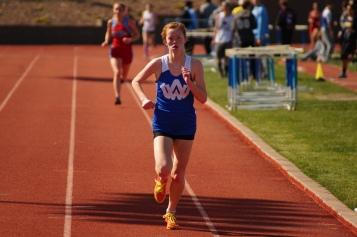 Erika Leinweber wins the 1600